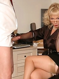 office boss gets load on blouse from slave