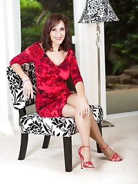 Lady in red with ling legs and awesome stockings