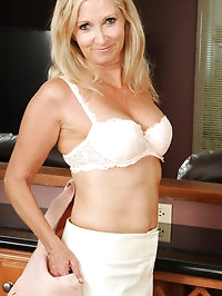 At 55 years old beautiful and elegant Annabelle looks..