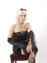An elegant blonde wearing some gorgeous leather gloves