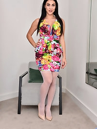 Lush milf Roxy Mendez is the kind of mom you could only..