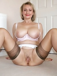 Hot mama is awfully naughty