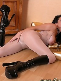 Hot harlot in nylon outfit