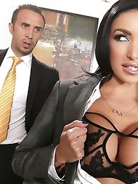Breanne Benson Pictures in Secretary Seduction
