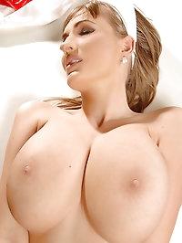Busty nurse Edo jiggling her tits