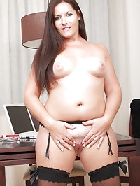 Horny BBW Lara Martinez srips off her and spreads her..