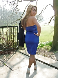 Such a horny blonde with a really beautiful pair of heels on